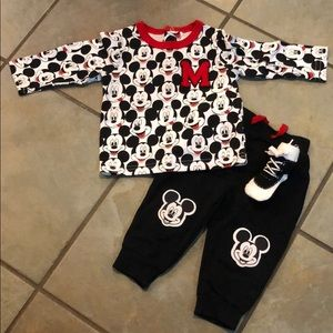 Disney Mickey mouse long sleeve pants outfit